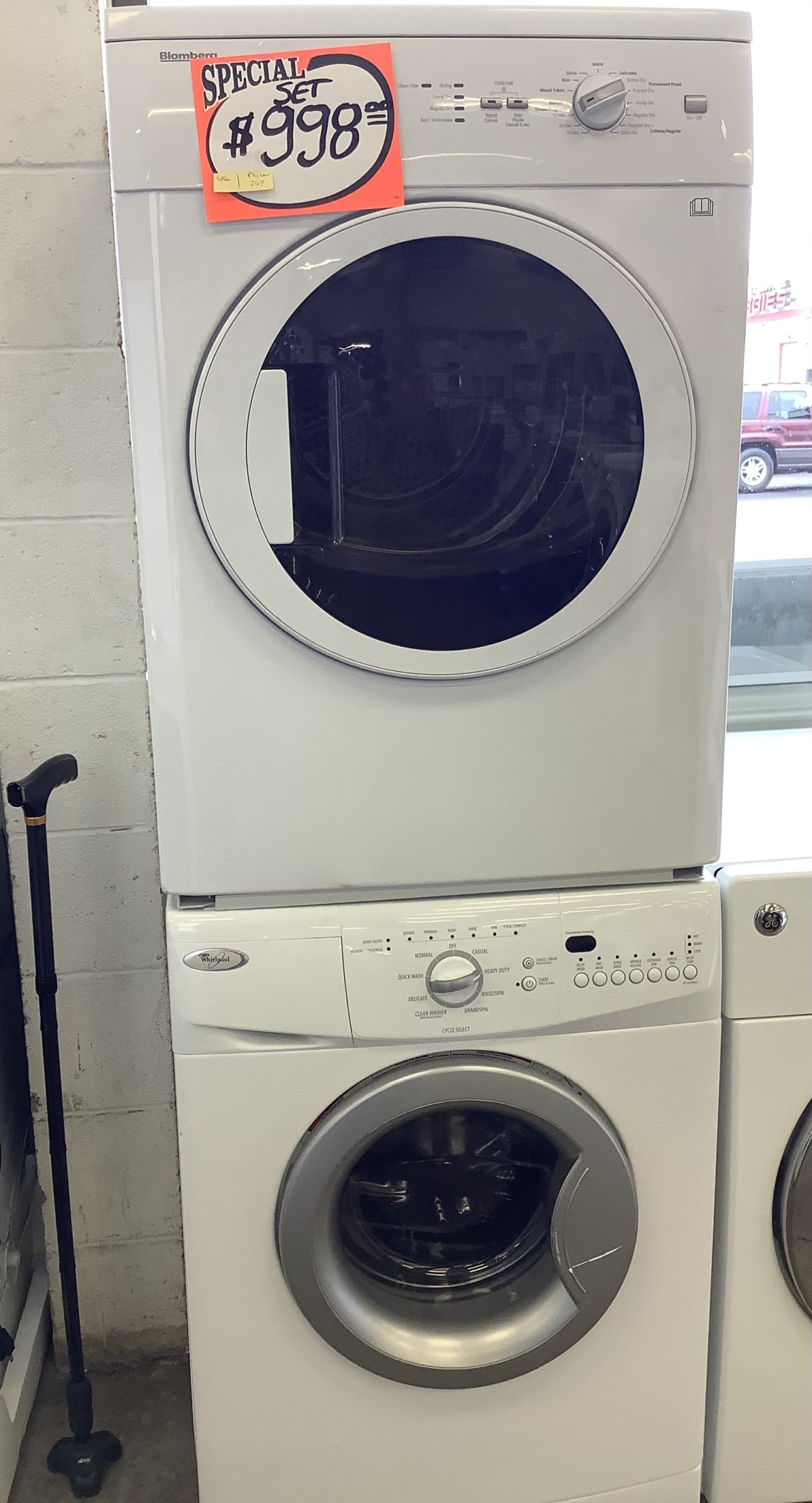 Used Washer and dryer stackable set - USED